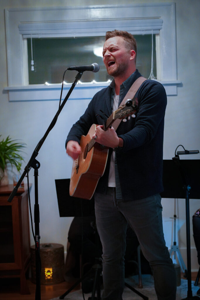 Tim Wilson playing the Armour St Sessions